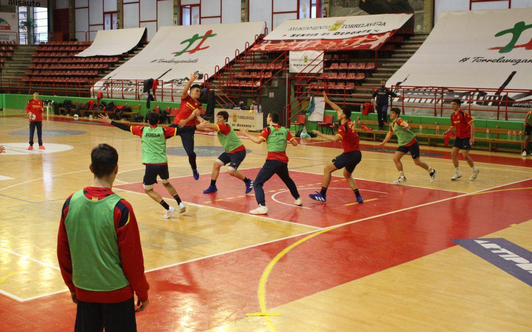 Los Hispanos Juveniles vuelven a Torrelavega junto a sus compañeros junior